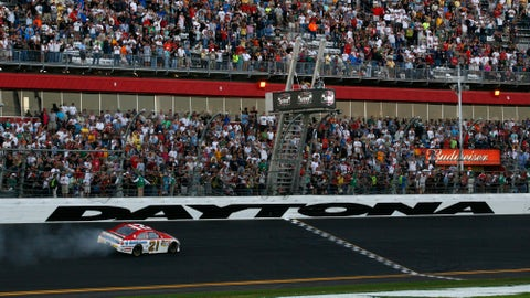 Kevin Harvick wins Toyota - Save Mart 350