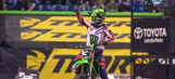 Eli Tomac continues championship charge with win in Indianapolis