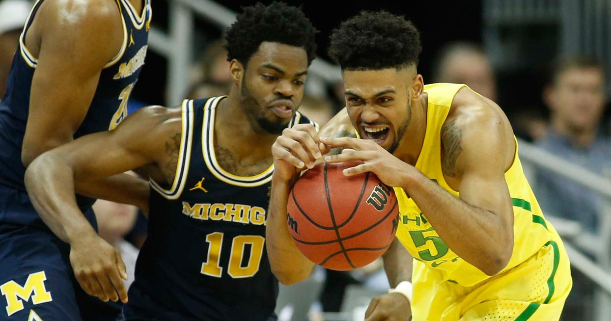 Oregon beats Michigan after incredible back-and-forth finish, reaches Elite Eight | FOX Sports