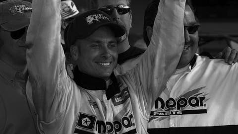 Dave Steele seen celebrating a victory in the USAC Midget Car Series  in 2002. (Photo: F.Peirce Williams/LAT Photographic)