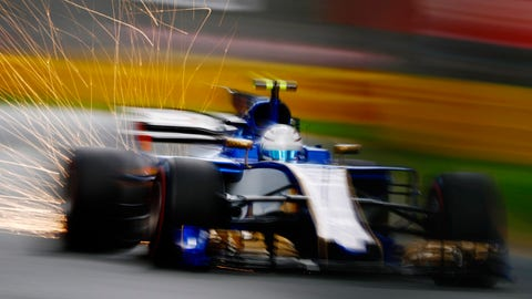Sauber could switch to Honda or Mercedes power for 2018. (Photo: Zak Mauger/LAT Images)