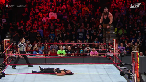 Roman Reigns defeated Braun Strowman