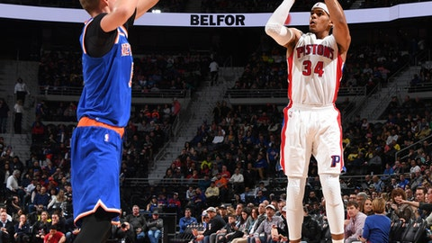 AUBURN HILLS, MI - MARCH 11:  Tobias Harris #34 of the Detroit Pistons shoots the ball during a game against the New York Knicks on March 11, 2017 at The Palace of Auburn Hills in Auburn Hills, Michigan. NOTE TO USER: User expressly acknowledges and agrees that, by downloading and/or using this photograph, user is consenting to the terms and conditions of the Getty Images License Agreement. Mandatory Copyright Notice: Copyright 2017 NBAE (Photo by Chris Schwegler/NBAE via Getty Images)
