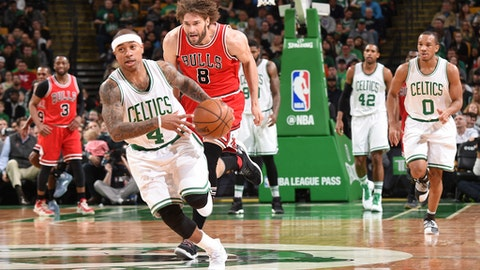 BOSTON, MA - MARCH 12: Isaiah Thomas #4 of the Boston Celtics drives to the basket against Robin Lopez #8 of the Chicago Bulls during the game on March 12, 2017 at the TD Garden in Boston, Massachusetts.  NOTE TO USER: User expressly acknowledges and agrees that, by downloading and or using this photograph, User is consenting to the terms and conditions of the Getty Images License Agreement. Mandatory Copyright Notice: Copyright 2017 NBAE  (Photo by Brian Babineau/NBAE via Getty Images)