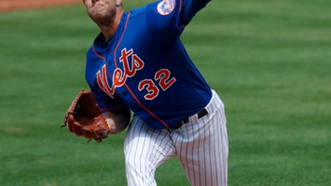 New York Mets starting pitcher Steven Matz (32) works in the second inning of a spring training baseball game against the St. Louis Cardinals Friday, March 17, 2017, in Port St. Lucie, Fla. (AP Photo/John Bazemore)