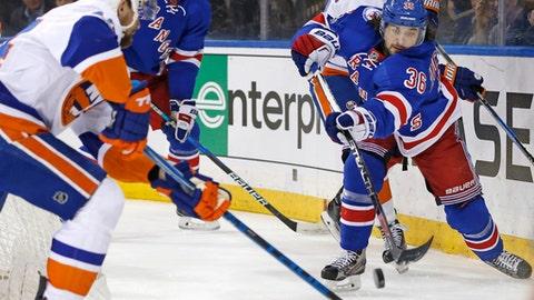 Islanders recall G Jaroslav Halak from minors