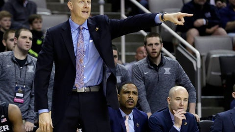Xavier head coach Chris Mack directs his team against Arizona during the second half of an NCAA Tournament college basketball regional semifinal game Thursday, March 23, 2017, in San Jose, Calif. (AP Photo/Ben Margot)