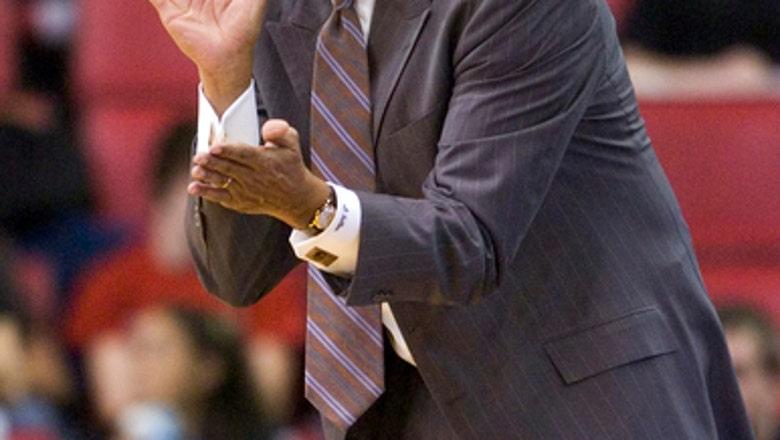 Cleveland State hires former Georgia coach Dennis Felton