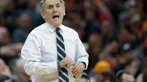 """FILE - This March 11, 2017 file photo shows Akron coach Keith Dambrot yelling instructions to players during the first half of an NCAA college basketball championship game against Kent State in the Mid-American Conference tournament in Cleveland. Akron coach Keith Dambrot has left the school after a record-setting 27-9 season. Dambrot's stunning departure was announced by the school, which released a statement Monday, March 27, 2017 thanking him """"for the enormous contributions"""" and saying """"we wish him well as he moves along."""" (AP Photo/Tony Dejak, file)"""