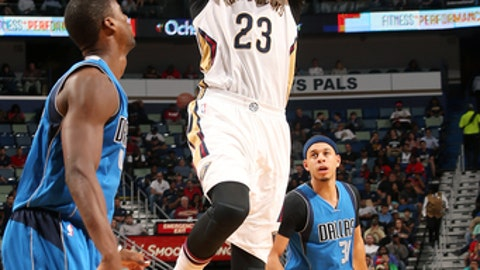 NEW ORLEANS, LA - MARCH 29: Anthony Davis #23 of the New Orleans Pelicans shoots the ball during the game against the Dallas Mavericks on March 29, 2017 at the Smoothie King Center in New Orleans, Louisiana. NOTE TO USER: User expressly acknowledges and agrees that, by downloading and or using this Photograph, user is consenting to the terms and conditions of the Getty Images License Agreement. Mandatory Copyright Notice: Copyright 2017 NBAE (Photo by Layne Murdoch/NBAE via Getty Images)