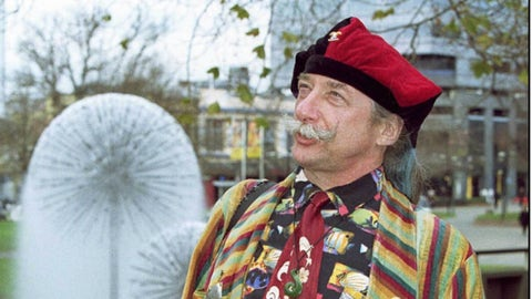 "VCU: Hunter ""Patch"" Adams (famed doctor)"