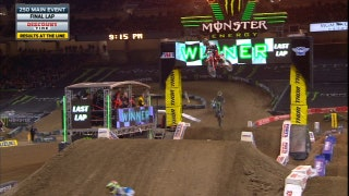 Jordon Smith Wins First Career Main Event at Detroit | 2017 MONSTER ENERGY SUPERCROSS