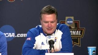 Kansas, Oregon head coaches explain the pressure of an Elite Eight game