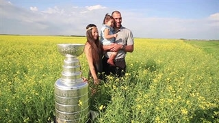 Day With The Cup: Dwight King (2014)