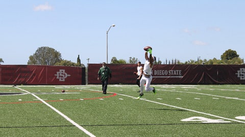 Aztec RB Donnel Pumphrey catches high pass at SDSU's Pro Day on Mar. 23.  Austin Gayle-Fox Sports San Diego