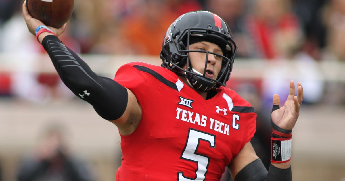 9654754-ncaa-football-texas-at-texas-tech-1.vresize.1200.630.high.0