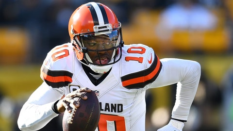 PITTSBURGH, PA - JANUARY 01:  Robert Griffin III #10 of the Cleveland Browns in action during the game against the Pittsburgh Steelers at Heinz Field on January 1, 2017 in Pittsburgh, Pennsylvania. (Photo by Joe Sargent/Getty Images) *** Local Caption ***