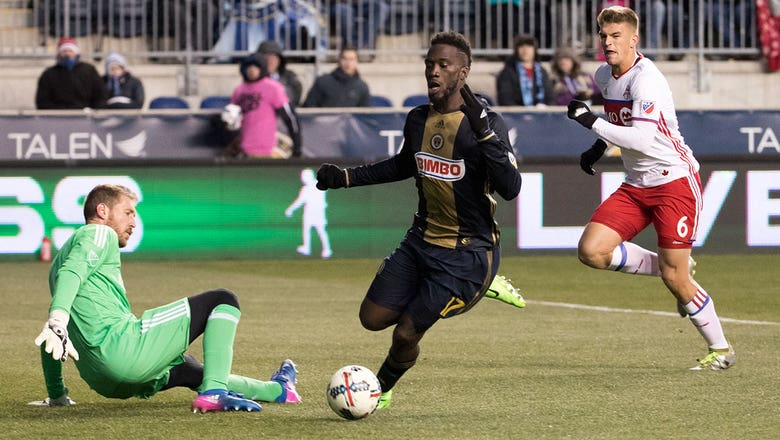 MLS: Sapong helps Philadelphia salvage tie with Toronto FC