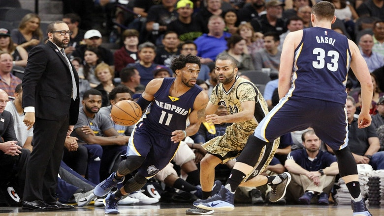 Grizzlies LIVE to GO: Grizzlies woes continue on the road with a loss to the Spurs 97-90