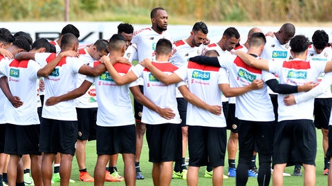 The Costa Rican national football team gathers during a training session in San Rafael de Alajuela, Costa Rica, on March 21, 2017 ahead of their upcoming FIFA World Cup CONCACAF quialifier matches against Mexico and Honduras.  / AFP PHOTO / Ezequiel BECERRA        (Photo credit should read EZEQUIEL BECERRA/AFP/Getty Images)