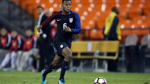 U.S. come from behind to draw with Venezuela in friendly