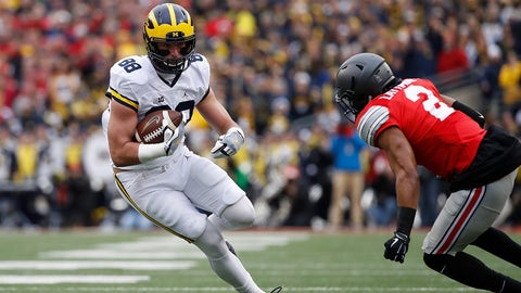 COLUMBUS, OH - NOVEMBER 26:   Jake Butt #88 of the Michigan Wolverines runs after catching a pass during the first half against the Ohio State Buckeyes at Ohio Stadium on November 26, 2016 in Columbus, Ohio.  (Photo by Gregory Shamus/Getty Images)