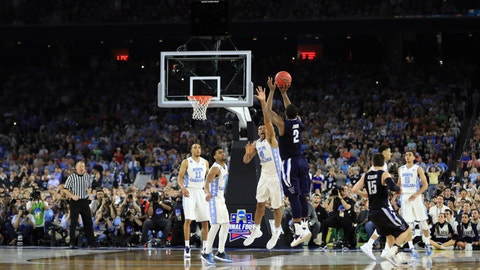 HOUSTON, TEXAS - APRIL 04:  Kris Jenkins #2 of the Villanova Wildcats shoots the game-winning three pointer to defeat the North Carolina Tar Heels 77-74 in the 2016 NCAA Men's Final Four National Championship game at NRG Stadium on April 4, 2016 in Houston, Texas.  (Photo by Ronald Martinez/Getty Images)