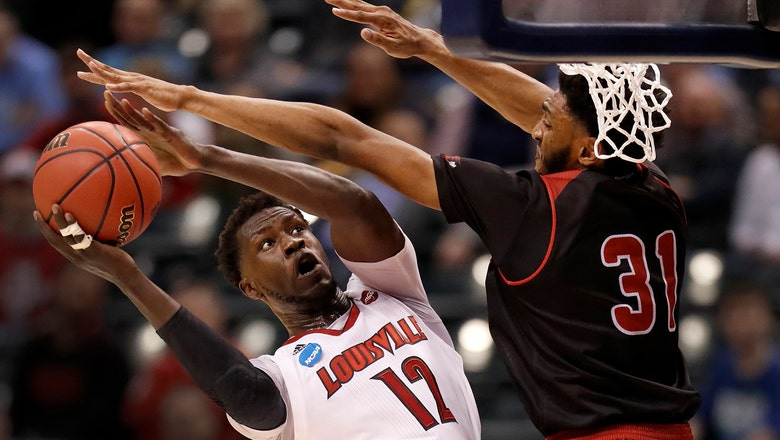 In cold-shooting tourney opener, Louisville flashes necessary strengths
