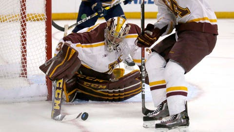 Notre Dame beats UMass Lowell in OT to advance to Frozen Four