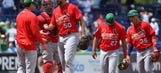 Cardinals lose 16-2 as Mets rock Waino, Weaver