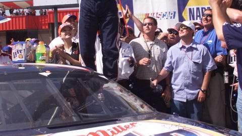 Rusty Wallace wins on Earnhardt's birthday