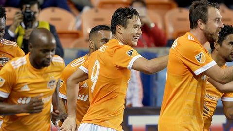 The Houston Dynamo are winning MLS Cup