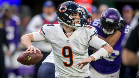 Chicago Bears quarterback David Fales (9) passes against the Minnesota Vikings in the fourth quarter at U.S. Bank Stadium.