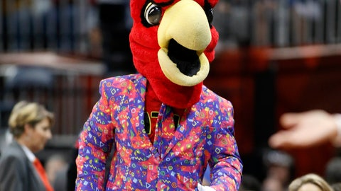 Atlanta Hawks: Harry the Hawk