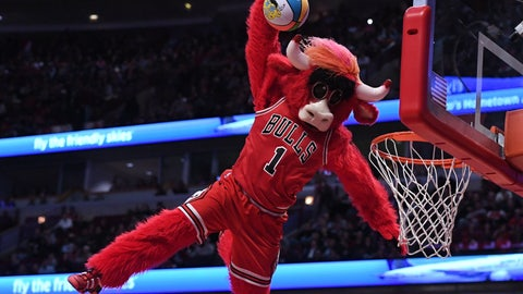Chicago Bulls: Benny the Bull