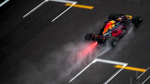 Sunday's Chinese GP could be run in the wet. (Photo: Glenn Dunbar/LAT Images)