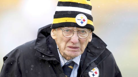 Penguins to honor Dan Rooney at Friday's playoff game