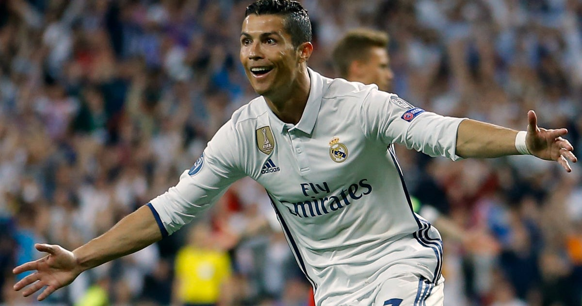 Watch Cristiano Ronaldo's hat trick to become the first player to score 100 Champions League goals | FOX Sports