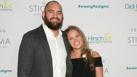 Ronda Rousey & Travis Browne Are Engaged!