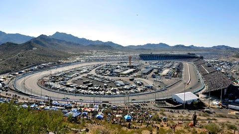 10. Phoenix Raceway