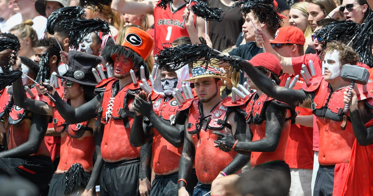 10025446-ncaa-football-georgia-spring-game-1.vresize.1200.630.high.0