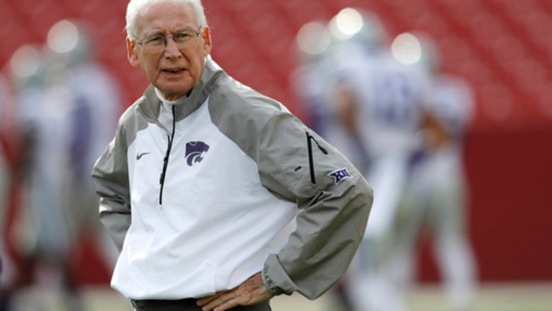Snyder takes place on sideline for Wildcats' annual spring game
