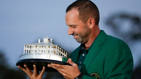 Sergio Garcia edges out Justin Rose to win Masters