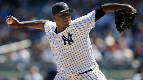 Pineda takes flawless game into 7th; Yanks beat Rays 8-1