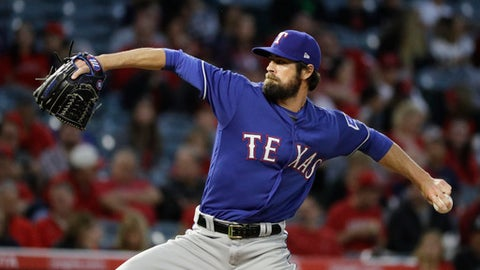 Rangers activate Hamels to start against Indians