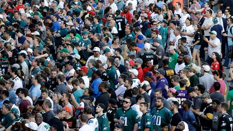 Fans gather before the second round of the 2017 NFL football draft, Friday, April 28, 2017, in Philadelphia. (AP Photo/Matt Rourke)