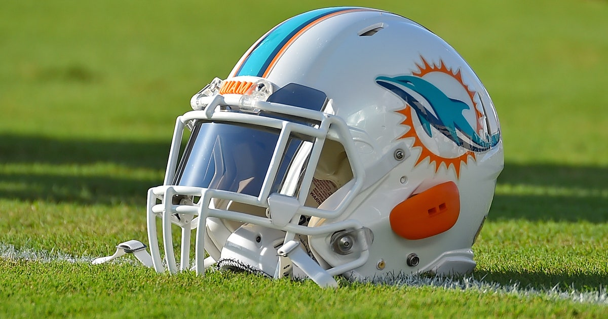 9444573-nfl-miami-dolphins-training-camp.vresize.1200.630.high.0