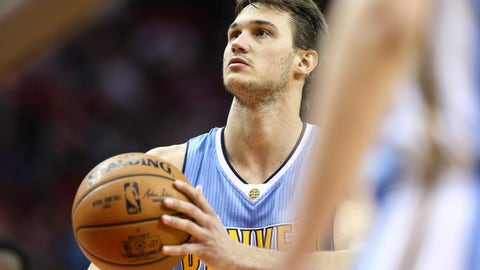 Apr 5, 2017; Houston, TX, USA; Denver Nuggets forward Danilo Gallinari (8) attempts a free throw during the third quarter against the Houston Rockets at Toyota Center. Mandatory Credit: Troy Taormina-USA TODAY Sports