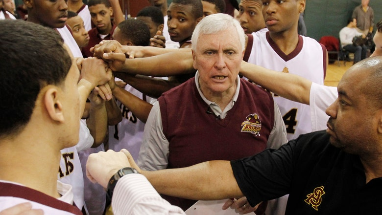 Dan Hurley reflects on the closing of hoops powerhouse St. Anthony High