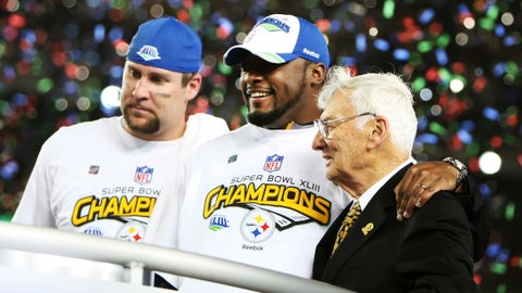 Steelers quarterback Ben Roethlisberger, coach Mike Tomlin and owner Dan Rooney celebrate as the Pittsburgh Steelers beat the Arizona Cardinals 27-23 in Super Bowl XLIII at Raymond James Stadium in Tampa, Florida, Sunday, February 1, 2009.  (Photo by Joe Rimkus Jr/Miami Herald/MCT via Getty Images)